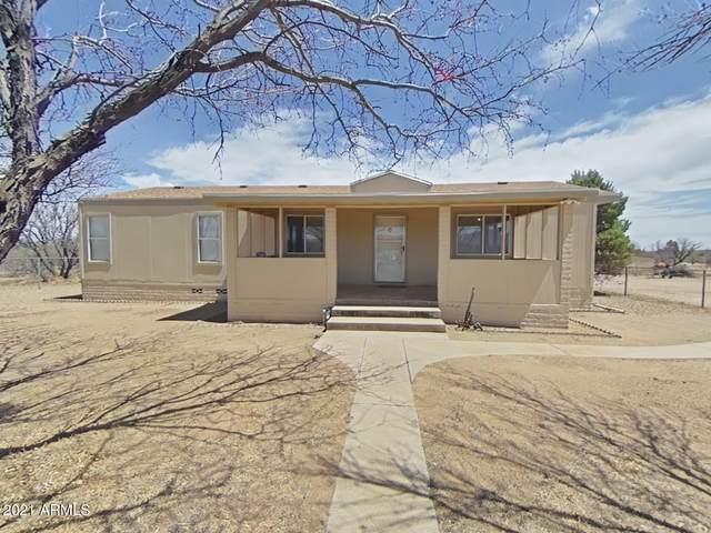 4975 S Ranch Road, Sierra Vista, AZ 85650 (MLS #6217423) :: The Newman Team