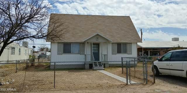 240 E Flint Street, Benson, AZ 85602 (MLS #6218810) :: Yost Realty Group at RE/MAX Casa Grande
