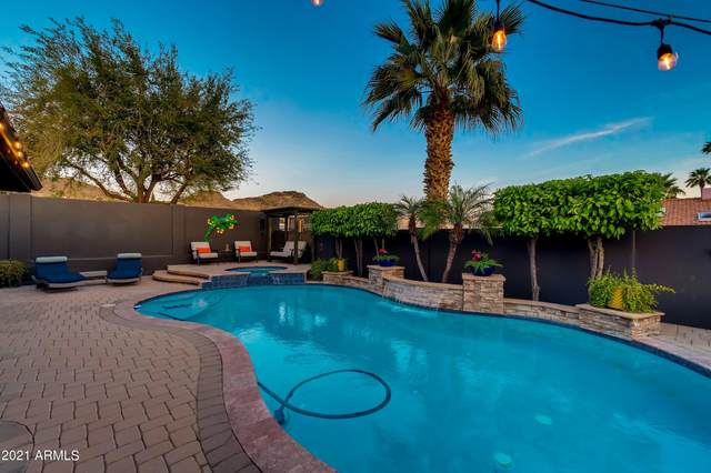 925 E Waltann Lane, Phoenix, AZ 85022 (MLS #6218918) :: Yost Realty Group at RE/MAX Casa Grande