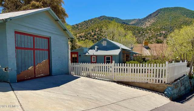 25 Moon Canyon, Bisbee, AZ 85603 (MLS #6218964) :: Yost Realty Group at RE/MAX Casa Grande