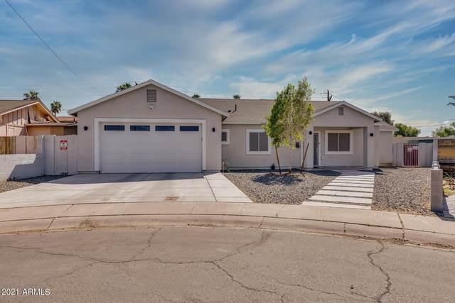 3001 N 35TH Drive, Phoenix, AZ 85019 (MLS #6219193) :: Yost Realty Group at RE/MAX Casa Grande