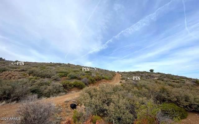 065S Rattlesnake Trail, Dewey, AZ 86327 (MLS #6219321) :: Yost Realty Group at RE/MAX Casa Grande