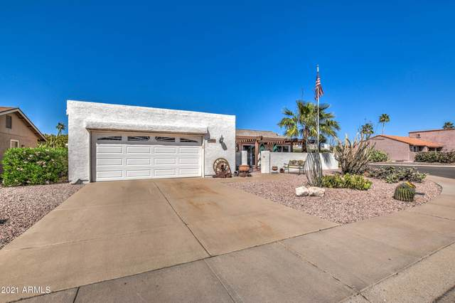 1026 Leisure World, Mesa, AZ 85206 (MLS #6219367) :: Yost Realty Group at RE/MAX Casa Grande