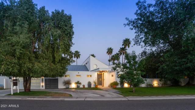 8126 E Del Barquero Drive, Scottsdale, AZ 85258 (MLS #6219787) :: The Laughton Team