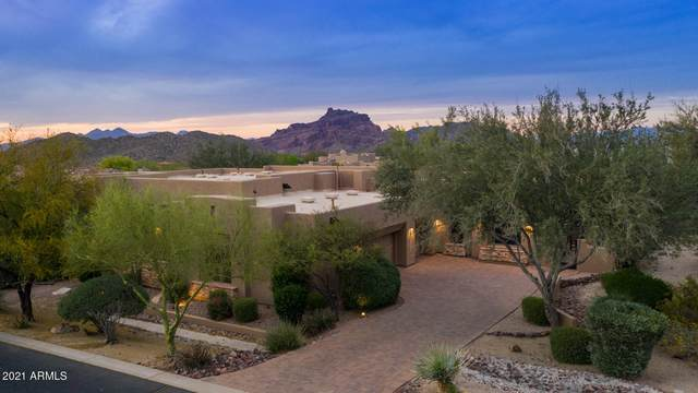 7260 E Eagle Crest Drive #16, Mesa, AZ 85207 (MLS #6219817) :: The AZ Performance PLUS+ Team