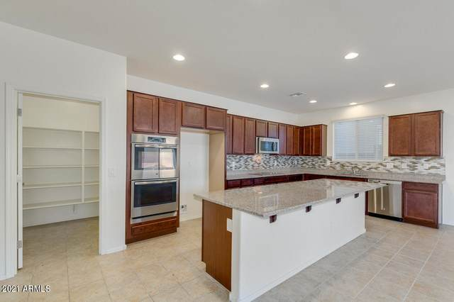 2917 W Dunbar Drive, Phoenix, AZ 85041 (MLS #6220180) :: Yost Realty Group at RE/MAX Casa Grande
