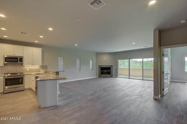 6145 E Cave Creek Road #207, Cave Creek, AZ 85331 (MLS #6220337) :: Maison DeBlanc Real Estate