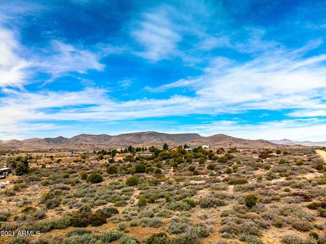 11480 S Hackberry Road, Mayer, AZ 86333 (MLS #6220978) :: The Copa Team | The Maricopa Real Estate Company