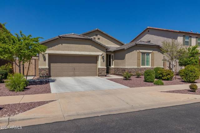 15752 W Desert Hills Drive, Surprise, AZ 85379 (MLS #6221615) :: Yost Realty Group at RE/MAX Casa Grande