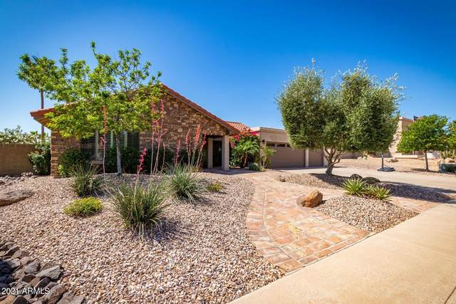 3841 E Ahwatukee Drive, Phoenix, AZ 85044 (MLS #6222288) :: The Copa Team | The Maricopa Real Estate Company