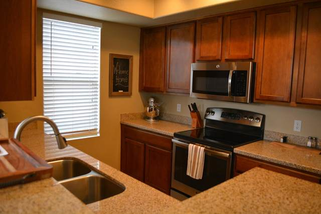 240 W Juniper Avenue #1019, Gilbert, AZ 85233 (MLS #6222319) :: Midland Real Estate Alliance