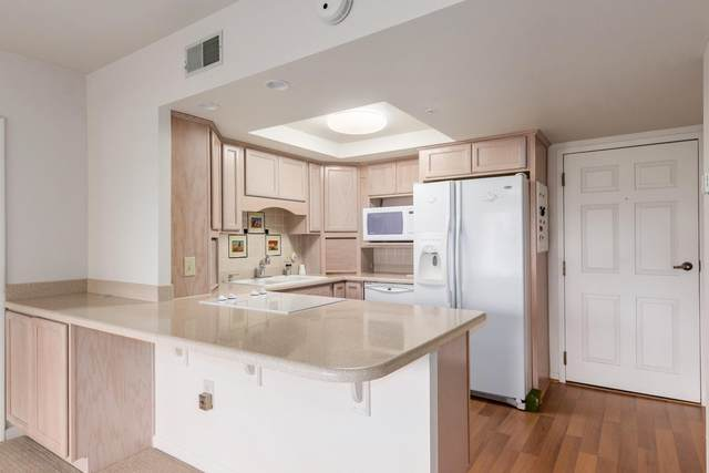 10330 W Thunderbird Boulevard B206, Sun City, AZ 85351 (MLS #6222542) :: Devor Real Estate Associates
