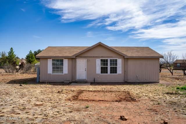 5114 S Santa Claus Avenue, Sierra Vista, AZ 85650 (MLS #6222787) :: CANAM Realty Group