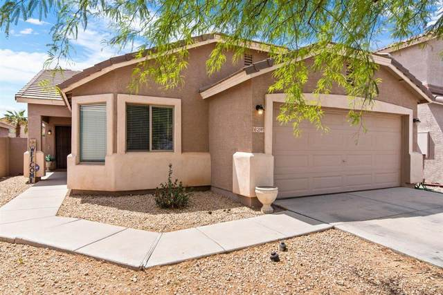 2597 E Silversmith Trail, San Tan Valley, AZ 85143 (MLS #6222792) :: Yost Realty Group at RE/MAX Casa Grande