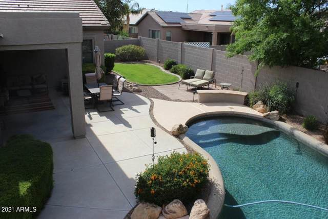 2720 E Hazeltine Way, Chandler, AZ 85249 (#6223393) :: The Josh Berkley Team