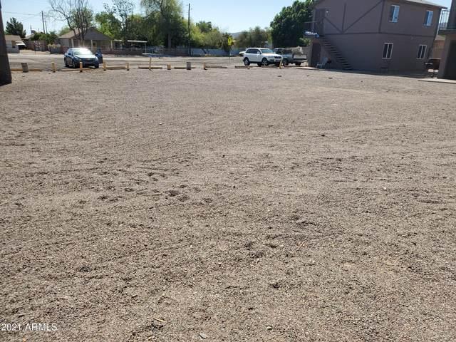 6630 S 11TH Street S, Phoenix, AZ 85042 (MLS #6223820) :: Lucido Agency