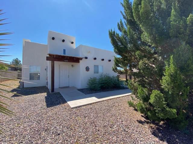 4203 N Washington Avenue, Douglas, AZ 85607 (MLS #6224967) :: Yost Realty Group at RE/MAX Casa Grande