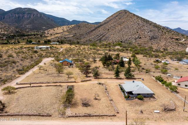 3443 E Wild Rabbit Road, Hereford, AZ 85615 (MLS #6225430) :: Yost Realty Group at RE/MAX Casa Grande