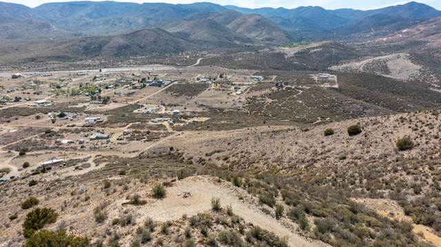 2.74 Acres N Wolfpack Trail, Mayer, AZ 86333 (MLS #6226786) :: Yost Realty Group at RE/MAX Casa Grande