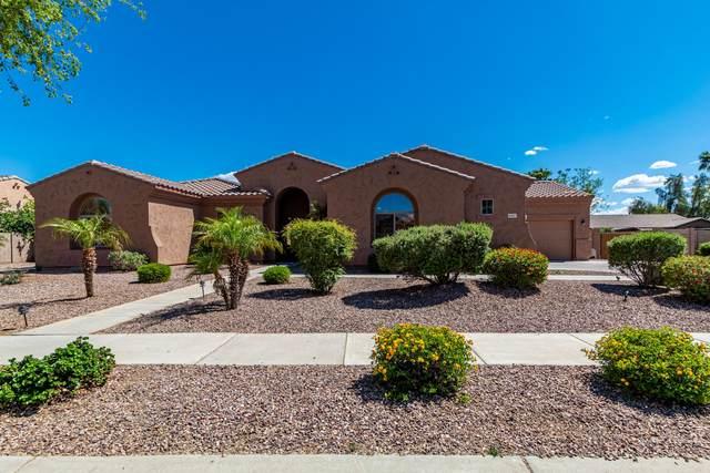 8017 W San Juan Avenue, Glendale, AZ 85303 (MLS #6228391) :: Yost Realty Group at RE/MAX Casa Grande