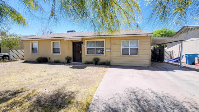 5841 W Mulberry Drive, Phoenix, AZ 85031 (MLS #6228572) :: Yost Realty Group at RE/MAX Casa Grande