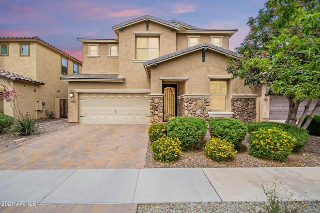3470 E Indigo Street, Gilbert, AZ 85298 (#6228995) :: The Josh Berkley Team