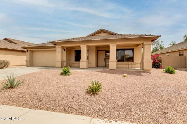 42187 W Chisholm Drive, Maricopa, AZ 85138 (MLS #6229086) :: The Laughton Team