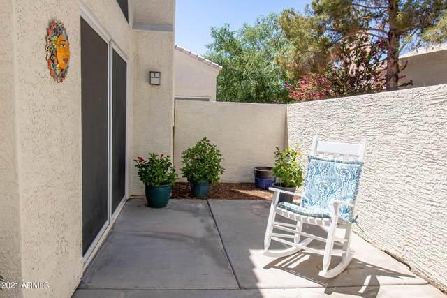 2100 W Lemon Tree Place #33, Chandler, AZ 85224 (MLS #6229134) :: Yost Realty Group at RE/MAX Casa Grande