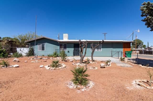 213 Dragoon Street, Huachuca City, AZ 85616 (MLS #6229968) :: Yost Realty Group at RE/MAX Casa Grande