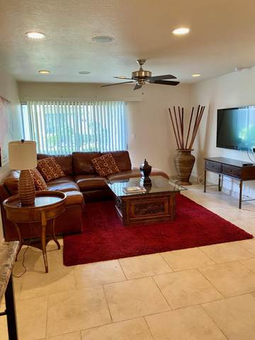 4610 N 68TH Street #411, Scottsdale, AZ 85251 (MLS #6230129) :: Sheli Stoddart Team | M.A.Z. Realty Professionals