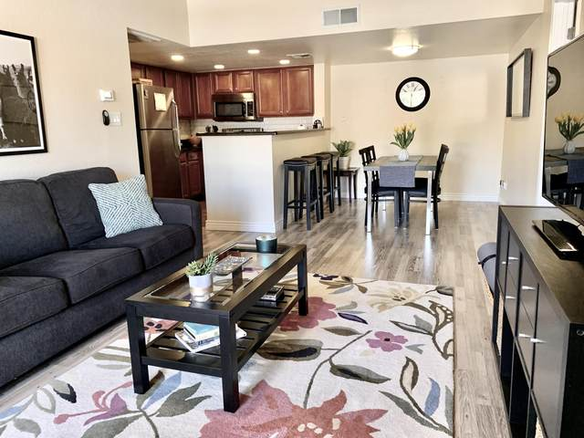 5757 W Eugie Avenue #2090, Glendale, AZ 85304 (MLS #6230721) :: Yost Realty Group at RE/MAX Casa Grande