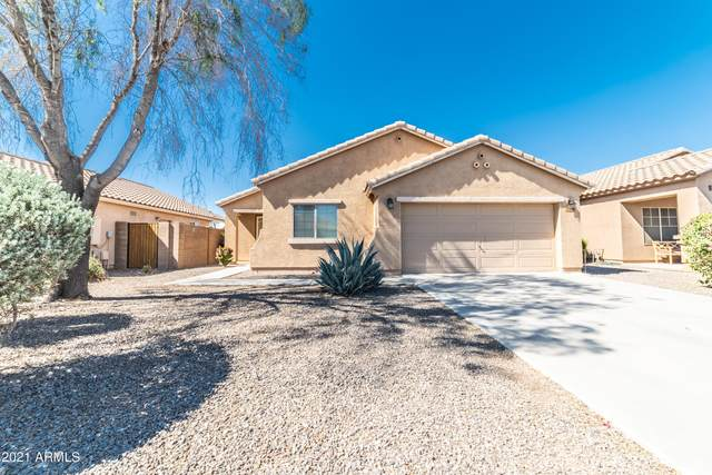 90 W Dana Drive, San Tan Valley, AZ 85143 (MLS #6231128) :: Yost Realty Group at RE/MAX Casa Grande