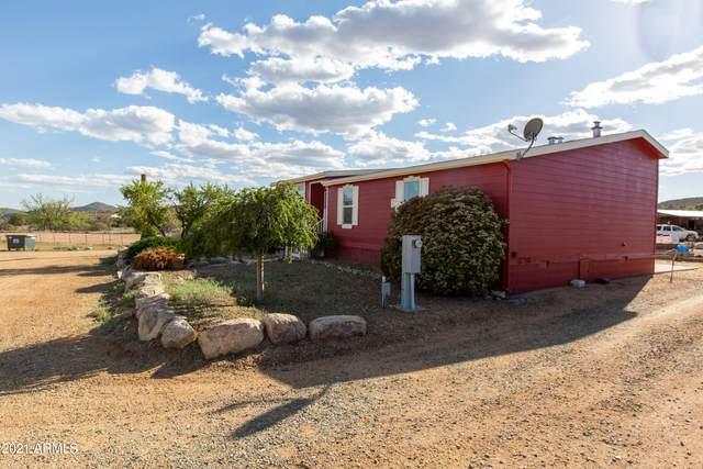 750 N Lipazzon Lane, Dewey, AZ 86327 (MLS #6231228) :: Yost Realty Group at RE/MAX Casa Grande