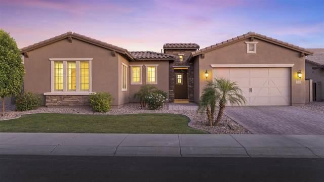 3533 E Penedes Drive, Gilbert, AZ 85298 (MLS #6231777) :: The Luna Team
