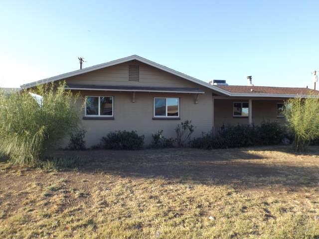 5834 W Highland Avenue, Phoenix, AZ 85031 (MLS #6232444) :: The Laughton Team