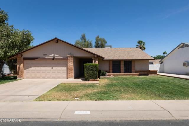 1320 W Estrella Drive, Chandler, AZ 85224 (MLS #6232702) :: Yost Realty Group at RE/MAX Casa Grande