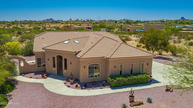 2395 W Highridge Road, Wickenburg, AZ 85390 (MLS #6233049) :: Yost Realty Group at RE/MAX Casa Grande
