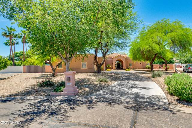 1801 E Bruce Avenue, Gilbert, AZ 85234 (MLS #6233077) :: Yost Realty Group at RE/MAX Casa Grande