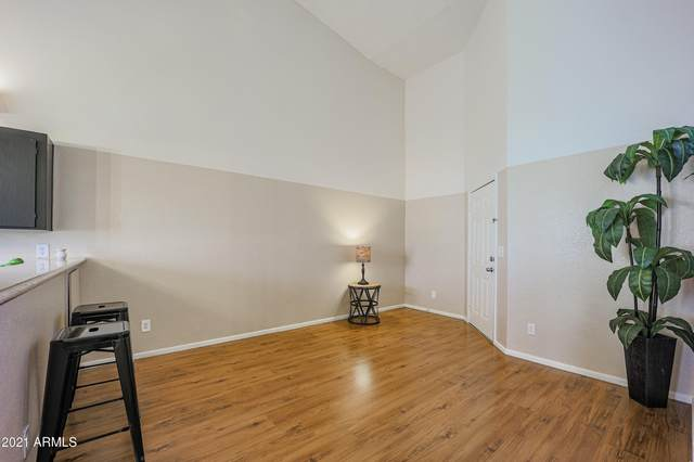 19601 N 7TH Street #2053, Phoenix, AZ 85024 (MLS #6233407) :: ASAP Realty
