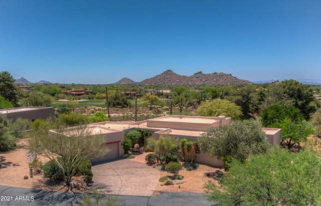 3203 E Arroyo Seco Road, Carefree, AZ 85377 (MLS #6233541) :: The Dobbins Team
