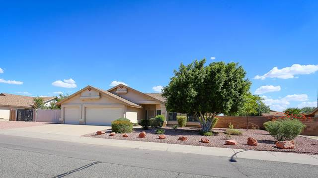 5201 N 85TH Avenue, Glendale, AZ 85305 (MLS #6233897) :: Yost Realty Group at RE/MAX Casa Grande