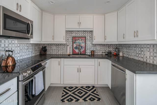 7402 E Carefree Drive #321, Carefree, AZ 85377 (MLS #6233946) :: The Riddle Group