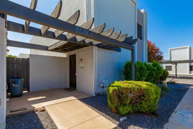 8578 E Indian School Road J, Scottsdale, AZ 85251 (MLS #6234611) :: Sheli Stoddart Team | M.A.Z. Realty Professionals