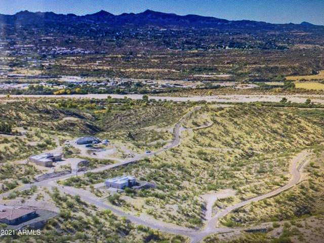 55625 Jack Burden Road, Wickenburg, AZ 85390 (MLS #6235224) :: Yost Realty Group at RE/MAX Casa Grande