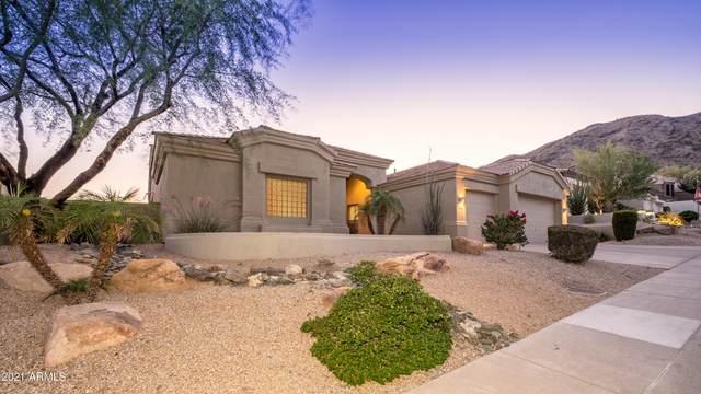 14622 S 4th Drive, Phoenix, AZ 85045 (MLS #6235908) :: The Luna Team