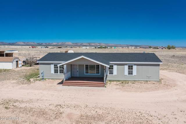 26725 N Carver Trail, Paulden, AZ 86334 (MLS #6236044) :: The Luna Team
