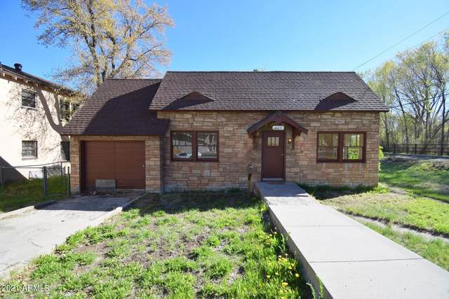 223 W Cherry Avenue, Flagstaff, AZ 86001 (MLS #6236226) :: Sheli Stoddart Team | M.A.Z. Realty Professionals
