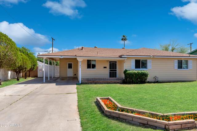 2121 W Myrtle Avenue, Phoenix, AZ 85021 (MLS #6236300) :: Sheli Stoddart Team   M.A.Z. Realty Professionals