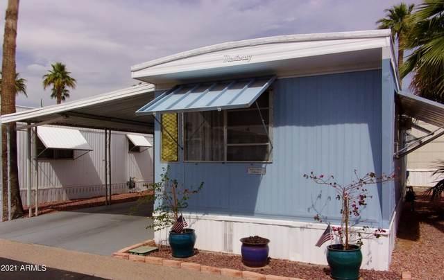 7807 E Main Street H37, Mesa, AZ 85207 (MLS #6236474) :: TIBBS Realty