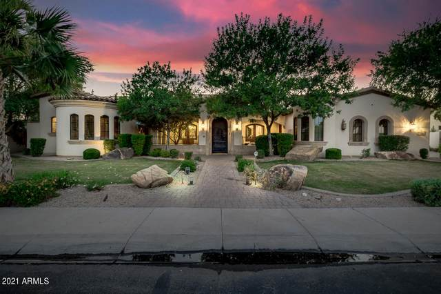 5962 S Gold Leaf Drive, Chandler, AZ 85249 (MLS #6237645) :: Yost Realty Group at RE/MAX Casa Grande